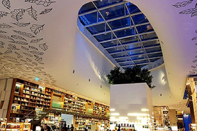以書香為名的曼谷最新複合式商場,就是要你目瞪口呆的Open House at Central
