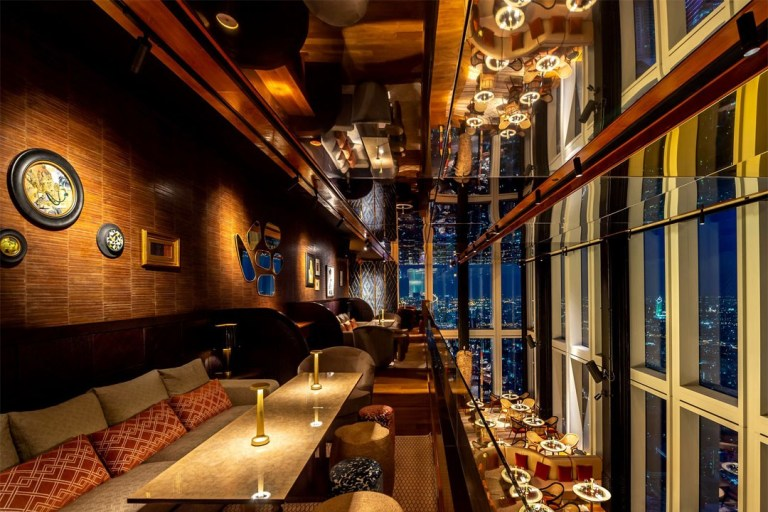 泰國最高餐廳和酒吧:曼谷瑪哈那空大廈天際酒吧正式開幕