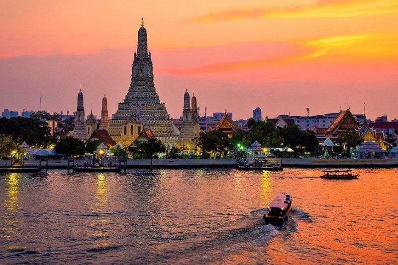 泰國觀光局提供曼谷鄭王廟的最新旅遊指南
